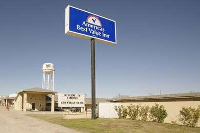 Pet Friendly Americas Best Value Inn-Giddings in Giddings, Texas