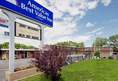 Pet Friendly Americas Best Value Inn in Powell, Wyoming