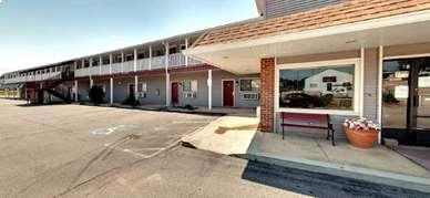 Pet Friendly All Star Inn in Saint Robert, Missouri