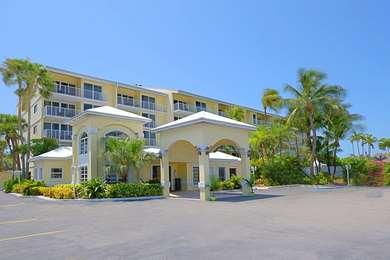 Pet Friendly Key West Bayside Inn & Suites in Key West, Florida
