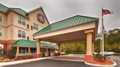 Pet Friendly Best Western Plus First Coast Inn & Suites in Yulee, Florida