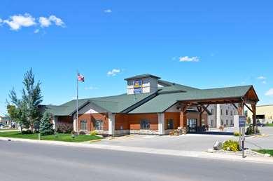 Pet Friendly Best Western Yellowstone Crossing in Laurel, Montana