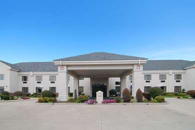 Pet Friendly Best Western PLUS Locust Grove Inn & Suites in Locust Grove, Oklahoma