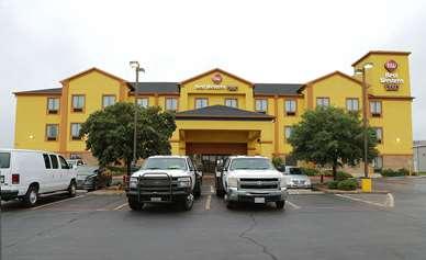 Pet Friendly Best Western Plus Schulenburg Inn & Suites in Schulenburg, Texas
