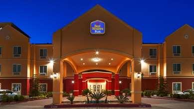 Pet Friendly Best Western Plus Manvel Inn & Suites in Manvel, Texas