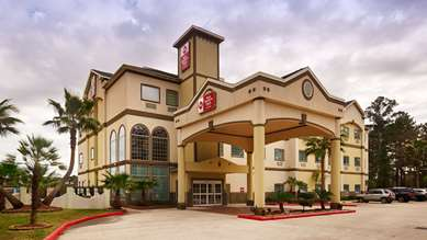 Pet Friendly Best Western Plus New Caney Inn & Suites in New Caney, Texas