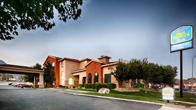 Pet Friendly Best Western Plus Wendover Inn in Wendover, Utah