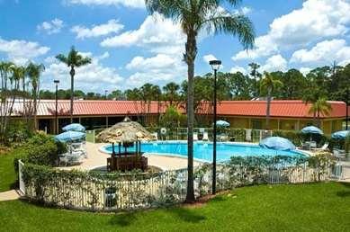 Pet Friendly Vero Beach Inn & Suites in Vero Beach, Florida