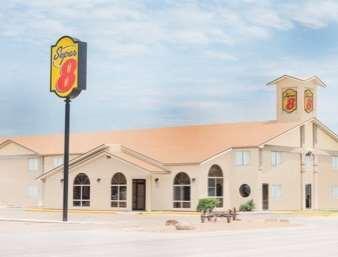 Pet Friendly Super 8 Motel - Liberal in Liberal, Kansas