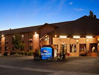 Pet Friendly Baymont Inn & Suites Anderson in Anderson, California
