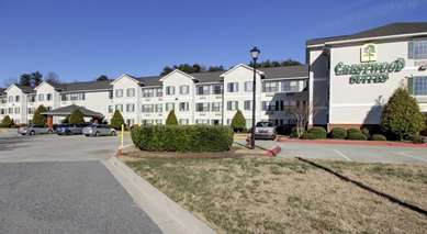 Pet Friendly Crestwood Suites of High Point in High Point, North Carolina