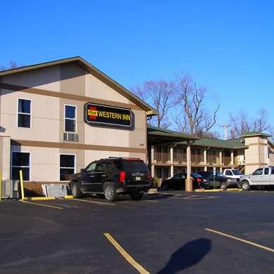 Pet Friendly First Western Inn Caseyville in Caseyville, Illinois