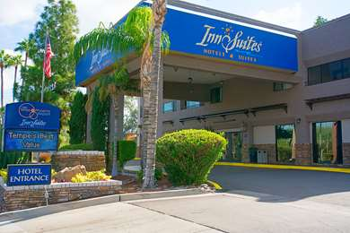 Pet Friendly Hotel Tempe/Phoenix Airport InnSuites at the Mall in Tempe, Arizona