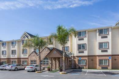Pet Friendly Microtel Inn & Suites by Wyndham Tracy in Tracy, California
