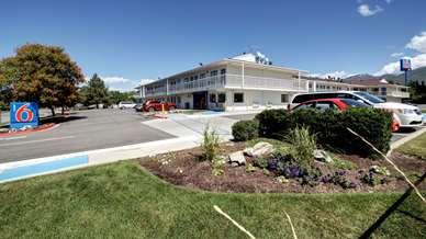 Pet Friendly Motel 6 Salt Lake City North - Woods Cross in Woods Cross, Utah