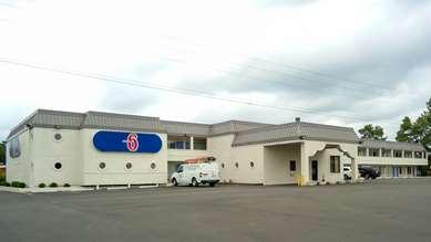 Pet Friendly Motel 6 Durham Nc in Durham, North Carolina