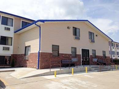 Pet Friendly Motel 6 Sedalia  in Sedalia, Missouri