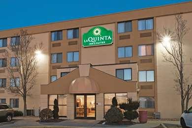Pet Friendly La Quinta Inn & Suites Warwick Providence Airport in Warwick, Rhode Island