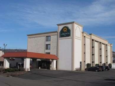 Pet Friendly La Quinta Inn Binghamton - Johnson City in Johnson City, New York