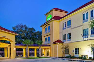 Pet Friendly La Quinta Inn & Suites Boutte in Boutte, Louisiana