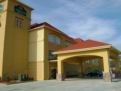 Pet Friendly La Quinta Inn & Suites Broussard - Lafayette Area in Broussard, Louisiana