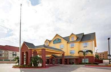 Pet Friendly La Quinta Inn & Suites Pharr - Hwy 281 in Pharr, Texas