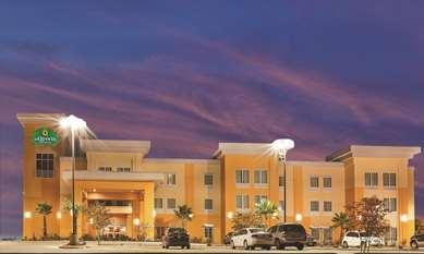 Pet Friendly La Quinta Inn & Suites Jourdanton - Pleasanton in Jourdanton, Texas