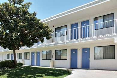 Pet Friendly Motel 6 Atascadero in Atascadero, California