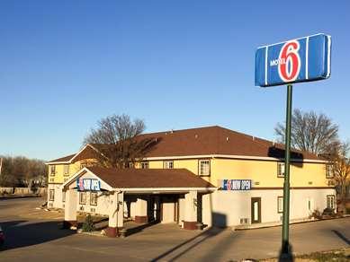 Pet Friendly Motel 6 Augusta Ks in Augusta, Kansas
