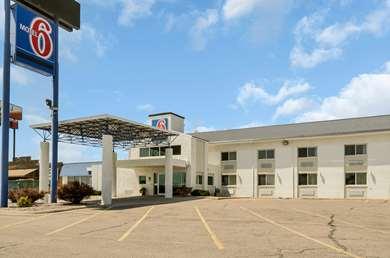 Pet Friendly Motel 6 Big Springs Ne in Big Springs, Nebraska