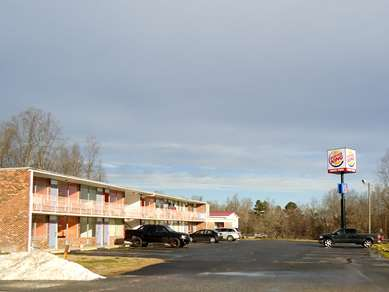 Pet Friendly Motel 6 Connelly Springs in Connelly Springs, North Carolina