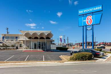 Pet Friendly Motel 6 Fort Worth Stockyards in Fort Worth, Texas