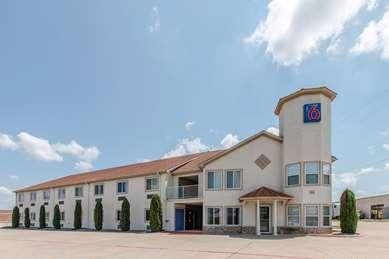 Pet Friendly Motel 6 Hutchins Tx in Hutchins, Texas