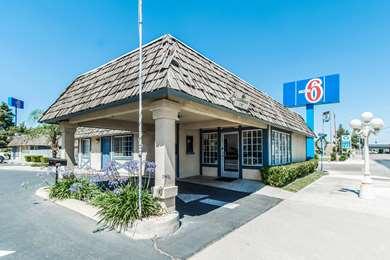 Pet Friendly Motel 6 Kingsburg Ca in Kingsburg, California