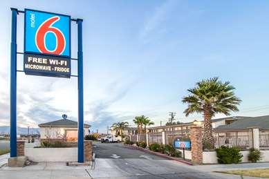 Pet Friendly Motel 6 Mojave - Airport in Mojave, California