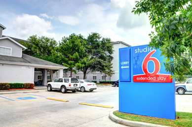 Pet Friendly Studio 6 New Orleans in New Orleans, Louisiana