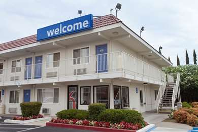 Pet Friendly Motel 6 Sacramento - Rancho Cordova East in Rancho Cordova, California