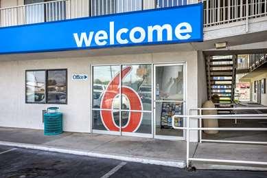 Pet Friendly Motel 6 Williams Ca in Williams, California