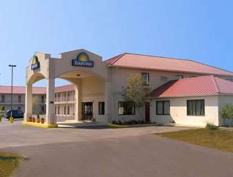 Pet Friendly Days Inn Of Centre in Centre, Alabama