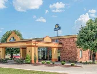 Pet Friendly Days Inn Calvert City in Calvert City, Kentucky