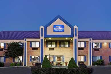 Pet Friendly Baymont Inn and Suites Harrodsburg in Harrodsburg, Kentucky