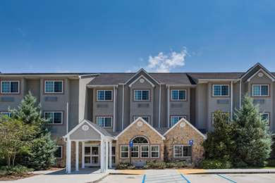 Pet Friendly Microtel Inn & Suites by Wyndham Pearl River/Slidell in Pearl River, Louisiana