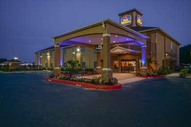 Pet Friendly Best Western Casino Inn in Vinton, Louisiana