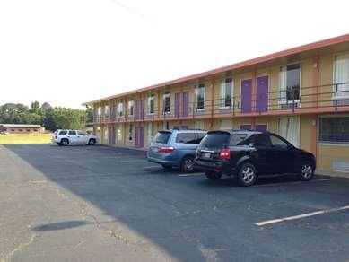 Pet Friendly Country Inn Motel Vivian in Vivian, Louisiana