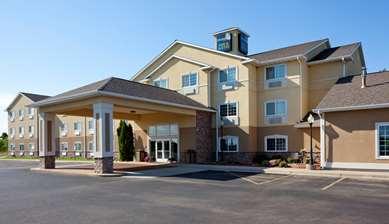 Pet Friendly Crossings by GrandStay Inn & Suites in Becker, Minnesota