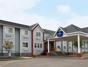 Pet Friendly Microtel Inn & Suites by Wyndham Baldwinsville/Syracuse in Baldwinsville, New York