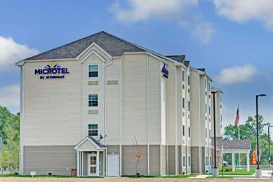 Pet Friendly Microtel Inn & Suites By Wyndham Philadelphia Airport Ridley in Ridley Park, Pennsylvania