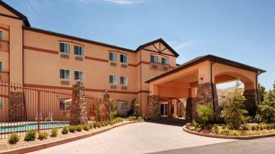 Pet Friendly Best Western Plus Zion West Hotel in La Verkin, Utah