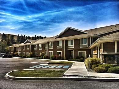 Pet Friendly Best Western Wheatland Inn in Colfax, Washington