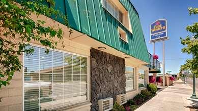 Pet Friendly Surestay Plus Hotel By Best Western Susanville in Susanville, California